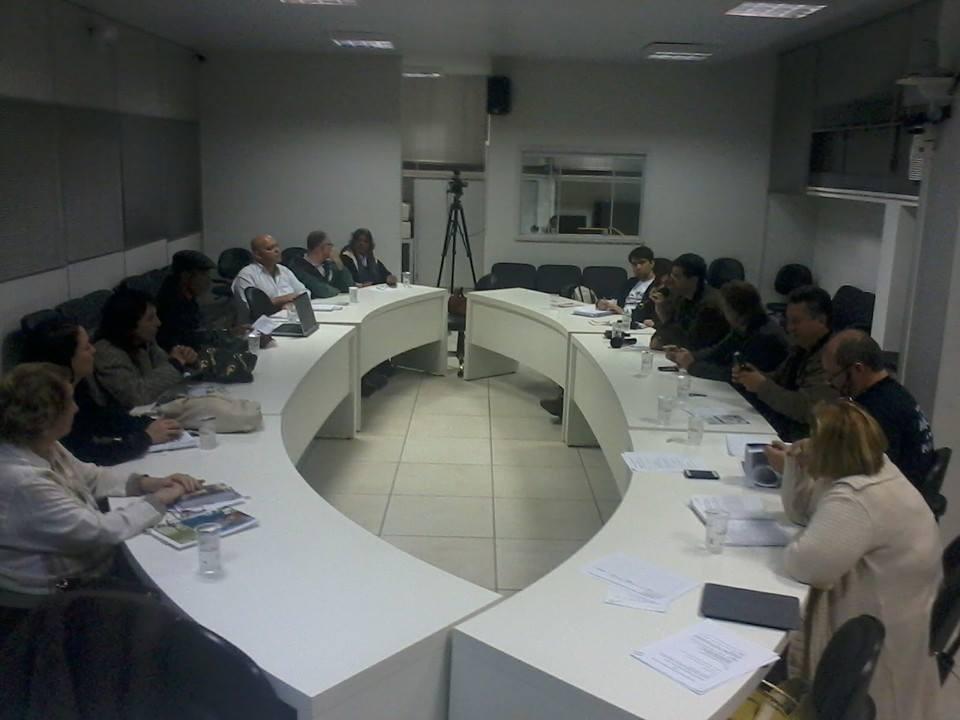 Fórum inicia planejamento para fortalecimento dos conselhos municipais