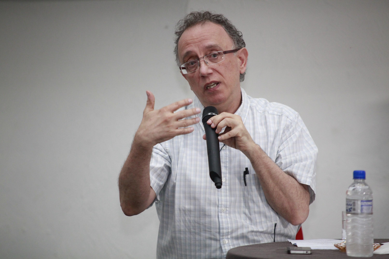 Cientista político apresenta os desafios e perspectivas da democracia brasileira