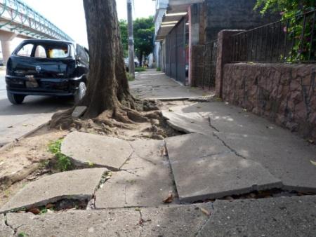 Calçada Cilada: planejamento urbano e exclusão fecham o ciclo de debates