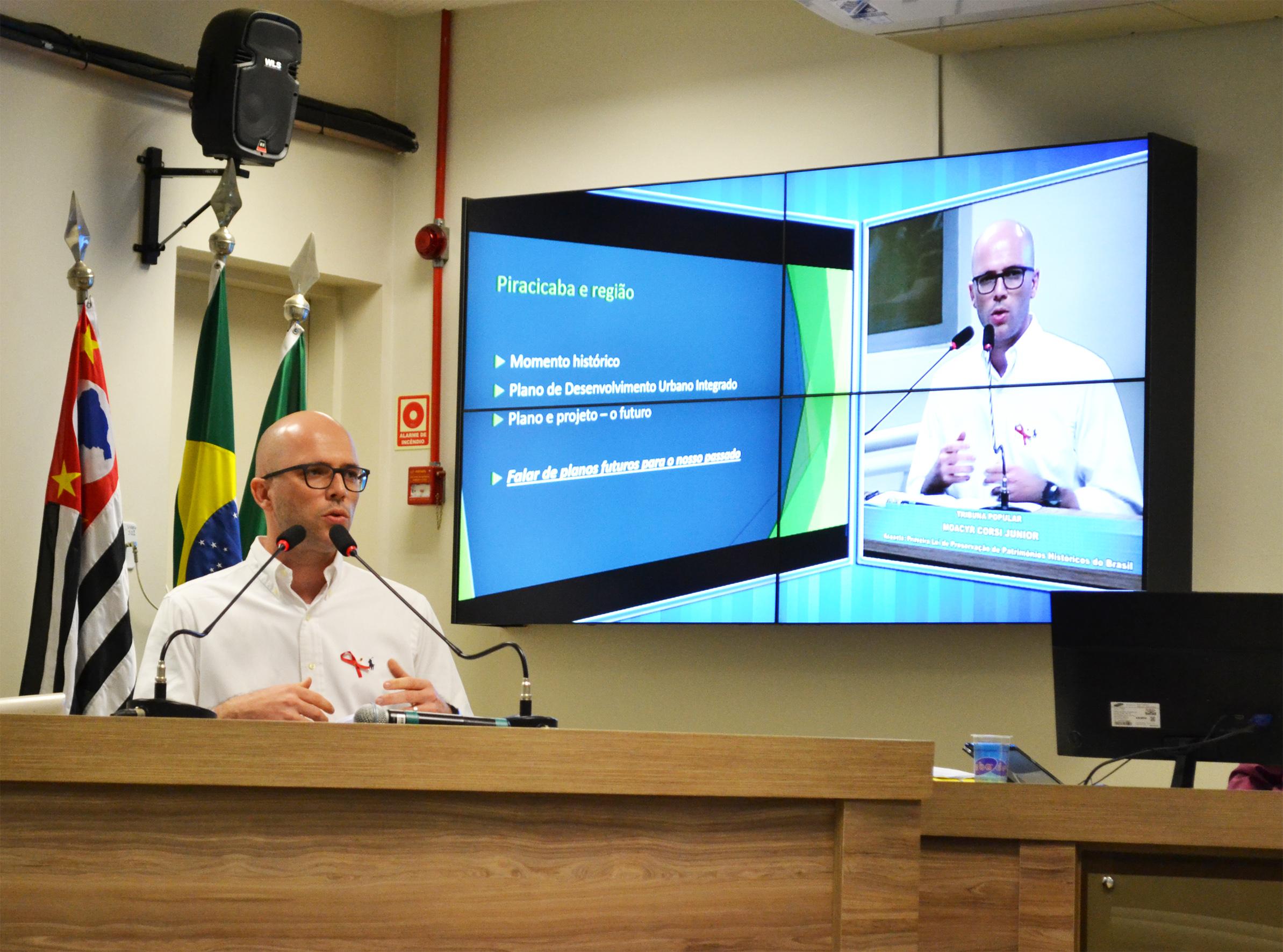 """""""Com estrutura limitada, Piracicaba terá um infarto"""", alerta urbanista sobre número crescente de veículos circulantes na cidade"""